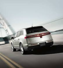2018 lincoln brochure. perfect lincoln the 2018 lincoln mkt shown in ingot silver as it is driven toward a bridge on lincoln brochure