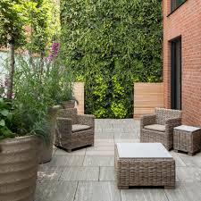14 Tall hedge small garden ideas James Merrell