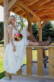 queen dresses to wear with cowboy boots to a wedding 45 about Boots To Wedding queen dresses to wear with cowboy boots to a wedding 45 about romantic wedding dresses ideas boots to a wedding