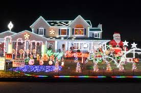 Best Holiday Light Displays Long Island Share The Best Holiday Lights Displays On Long Island Long