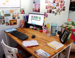 office feng shui desk. Feng Shui Tips Office Desk @TheRoyaleIndia