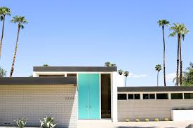 Mid century modern front doors Inexpensive Take Palm Springs Door Tour To See All The Bright Colorful Midcentury Modern Front Salty Canary Palm Springs Door Tour