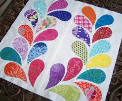Lovely Leaf Quilt Patterns for Spring! & Colorful Paisley Leaf Quilt Adamdwight.com