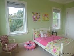 bedrooms for girls green. Fine Girls Little Girlu0027s Butterfly Bedroom Inside Bedrooms For Girls Green E