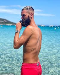 Gael monfils and benoit paire may be taking this showman thing a little too far. Australian Open Benoit Paire Complains About Tournament Quarantine Sound Health And Lasting Wealth