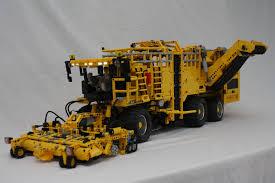 Technic Delicatessen Selfpropelled Sugarbeet Harvester The Lego