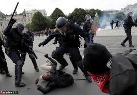 Image result for اعتصاب کارگری در پاریس برج ایفل را باز هم تعطیل کرد