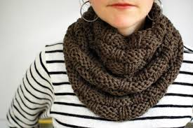 Knitted Scarf Patterns Using Bulky Yarn Beauteous 48 Chunky Knit Scarf Patterns To Knit This Weekend