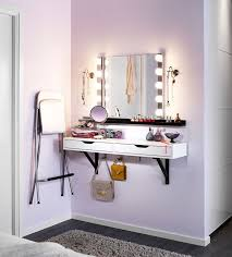 Top Good Makeup Vanity Ideas For Small Spaces And DIY Vanity Table
