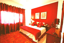 Red Wall Bedroom Decorating Ideas Desk In Small Pictures Decor Inside X Gold