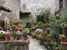 5 Easy Ways To Make Your Garden Beautiful  ColourfenceContainer Garden Ideas Uk