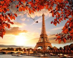eiffel tower autumn season 4k 5k