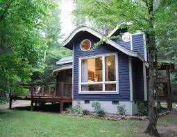 getaway cottage designs from gary best Best Small Cabin Design