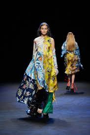Batik Fashion Designers Back To Batik