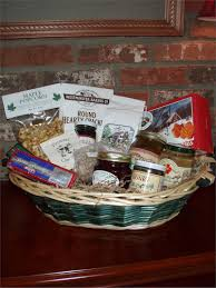 vt gift basket vermont sugar and e maple syrup the vermonter basket