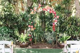 oh how i adore color which dorian and ian s san go botanic garden wedding is not short of as a location they visit often the gardens provide a
