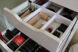 white wooden drawer with makeup drawer organizer to organize your makeup tool idea