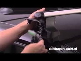 <b>Thule</b> dakdragers 754 monteren (voor auto's met gladdak) - YouTube