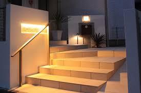 「階段の段差に エクステリア照明」の画像検索結果