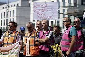 Die gewerkschaft deutscher lokomotivführer (gdl) hat nach gescheiterten verhandlungen mit dem arbeitgeberverband move konkrete. Brvrozd9mog5gm