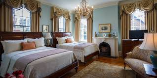 Historic Luxury Guest Rooms In Savannah GA - Bedroom furniture savannah ga