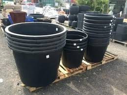 Large plastic planters Large Composite Cheap Plastic Planters Photo Of Large Plastic Plant Pots Large Outdoor Flower Pots Large Plastic Pot Cheap Plastic Planters Stadtcalw Cheap Plastic Planters Regal Standard Pots Umschulden24club