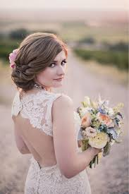 Hairstyle Brides 75 wedding hairstyles for every length bridalguide 3023 by stevesalt.us