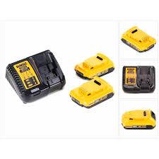 Dewalt Charger Yellow Light Xr Charger 2 X 2 0ah Battery Dewalt