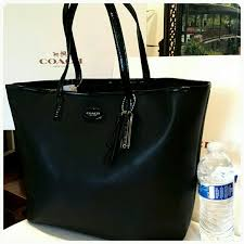 New Coach Metro large saffiano tote Final Price