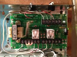 thermostat c wire to com on taco sr502 heating help the wall taco sr502 relay