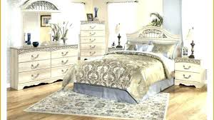 Gold Bedroom Furniture Gold Bedroom Furniture White And Gold Bedroom ...