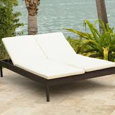 Tar Outdoor Wicker Double Chaise Lounge Chairs With Arms