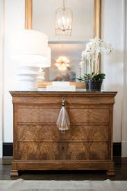 entryway table creating inviting impression at the first sight. Styling Your Wet Bar And Entry Hall Table Entryway Creating Inviting Impression At The First Sight I