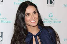 Demi Moore Twinned with Her Three ...