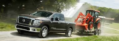 2019 Toyota Tundra Towing Capacity Chart 2018 Nissan Titan Towing Capacity By Trim Level