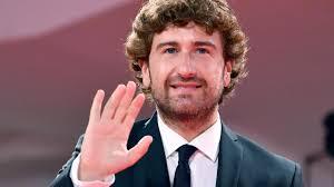 Alessandro Siani annuncia il suo nuovo film, in uscita a Natale 2019 -  MYmovies.it