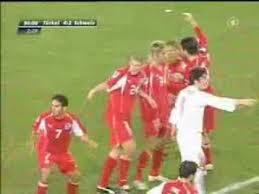 Die sieglosen teams aus der schweiz und der türkei haben immer noch chancen aufs achtelfinale. Schweiz Vs Turkei Die Letzten Minuten Schlagerei Youtube