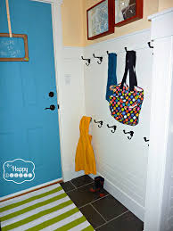 coat hooks hung at thehappyhousie