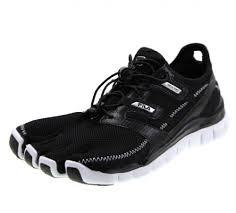 Fila Men S Skele Toes Lite Barefoot Running Shoe Black White