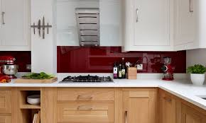 harvey jones kitchen with coloured glass splashback