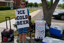 Utah boy showcases '<b>Ice Cold Beer</b>' sign at root beer stand