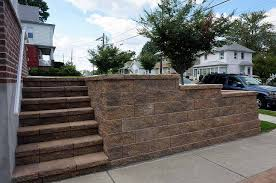 retaining walls for driveways and