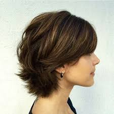 40 best short hairstyles for thick hair