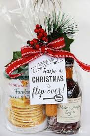 10 Inexpensive DIY Christmas Gifts And Decorations  DIY Christmas Christmas Gifts Inexpensive