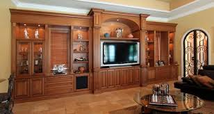 Image: Ayhantomak - Design Mirror - wood