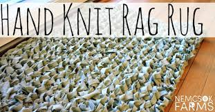 diy hand knit rag rug made from an up cycled bed sheet