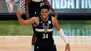 NBA Finals: Milwaukee Bucks win 1st NBA title since 1971 with 105-98  victory over Phoenix Suns - ABC13 Houston