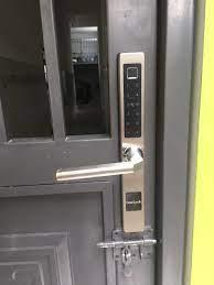 TOP #3 Khóa cửa vân tay cho cửa Lùa - Mở khóa bằng Smartphone