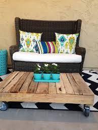 diy wood pallet coffee table front porch