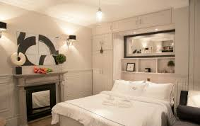 Parisian Bedroom Furniture Small Space Parisian Style How To Decorate A Studio Apartment
